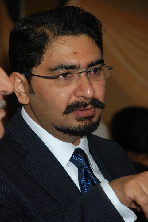 Dr. Ashutosh Khanna